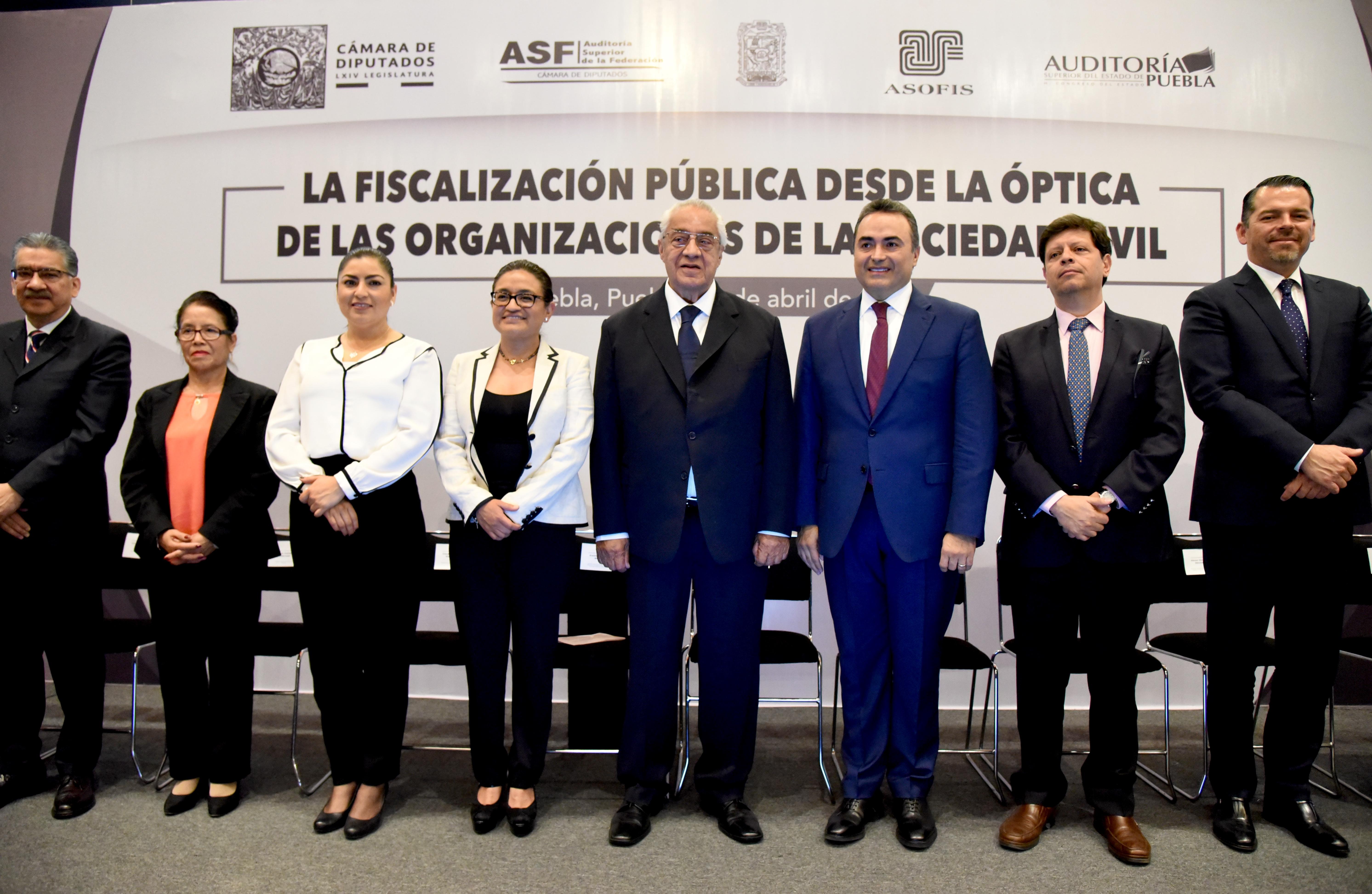 Participación ciudadana fortalece a instituciones: Pacheco Pulido