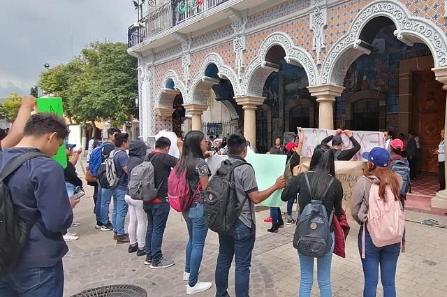 Con marcha pacífica piden esclarecimiento de homicidio de estudiante
