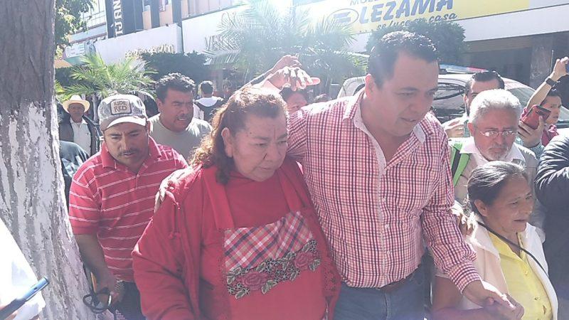 Piden con marcha asuma la presidencia el edil suplente Andrés Caballero