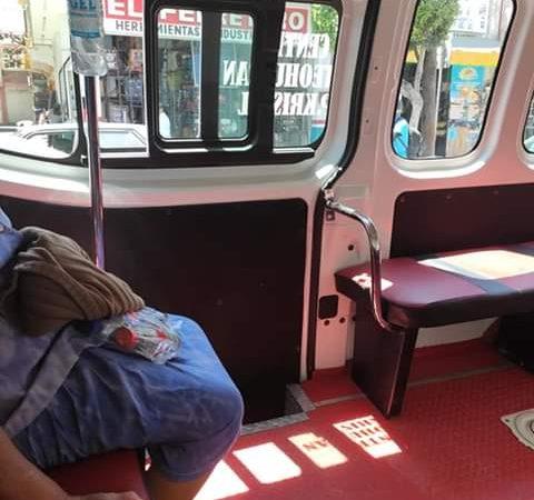 Aplican medidas sanitarias en transporte publico